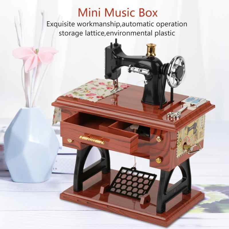 Sewing machine Music Box Mini Vintage Creative Retro Sewing Clockwork Music Box Gift Table Home Decoration 2018