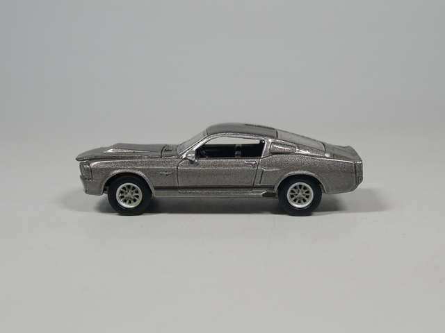 Auto – 1:64 1967 Ford Mustang Eleanor Model Car Gray