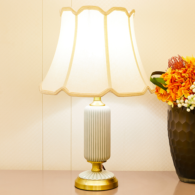 American Style Ceramic Table Lamps For Bedroom Bedside Room Copper Lamp High Grade Lampshade LED Green Table Lamp Home Decor