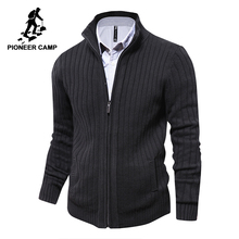 Pioneer Camp mężczyźni swetry z dzianiny rozpinany sweter męski Top jakości znane marki odzież świąteczny sweter
