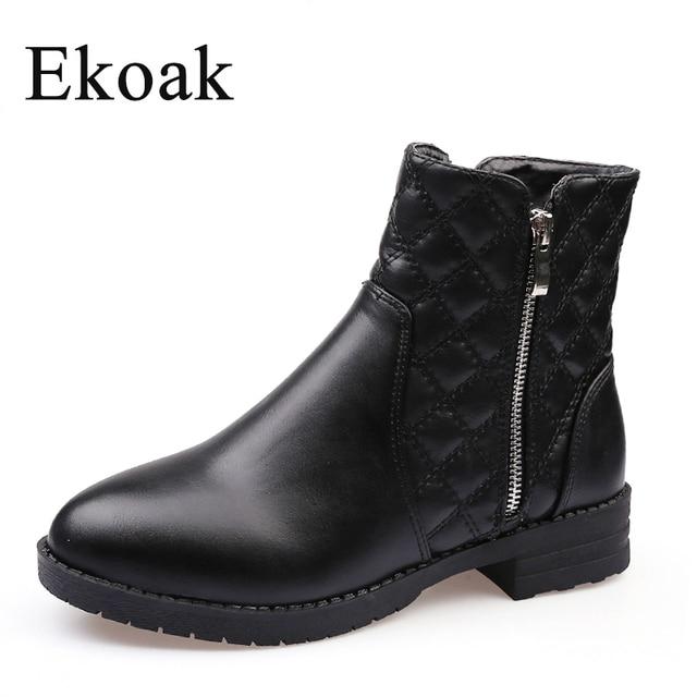 Ekoak New 2017 Fashion Autumn Winter Boots Women Classic Zip Ankle Boots Warm Plush Leather Martin Boots Women Shoes