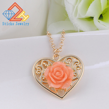 2019 The Latest Heart-Shaped NecklacePendant Korean Female Hollow Box Pendant With Flower