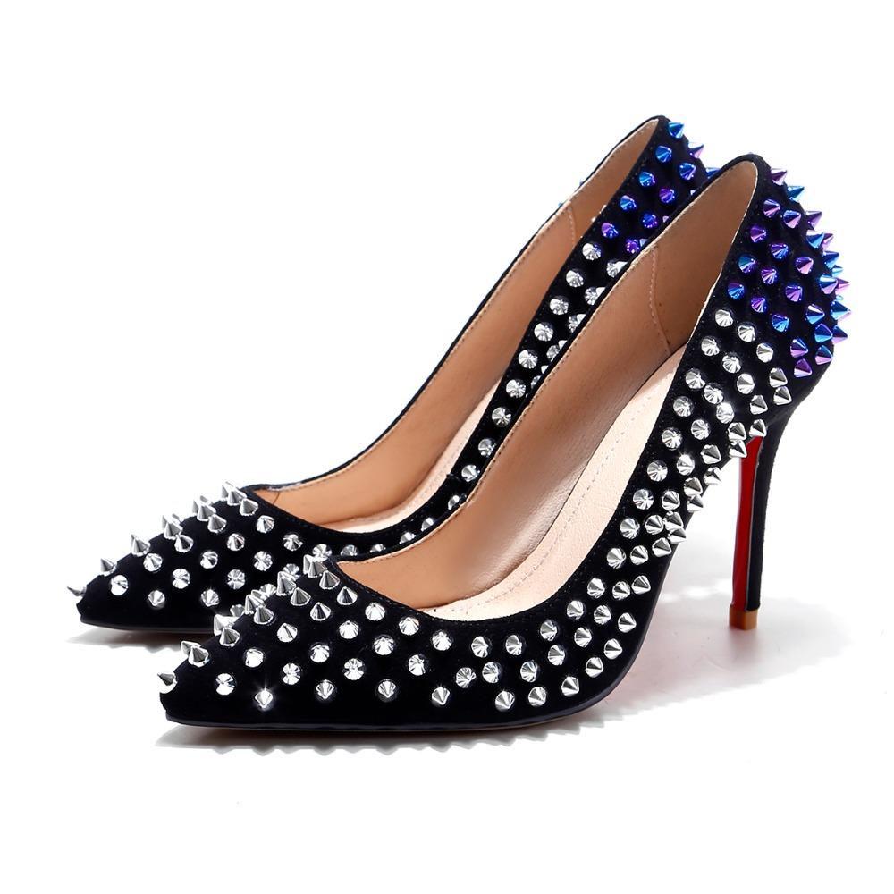 ФОТО Free Shipping 2017 Women shoes new hot High Quality Brand Designer Rivet Patent Leather Studded Heels Sexy  High Heels Pumps