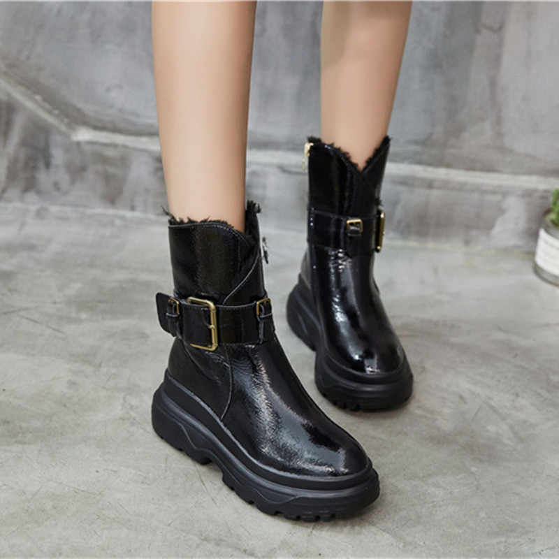 Women Boots Cowhide Leather Snow Boots