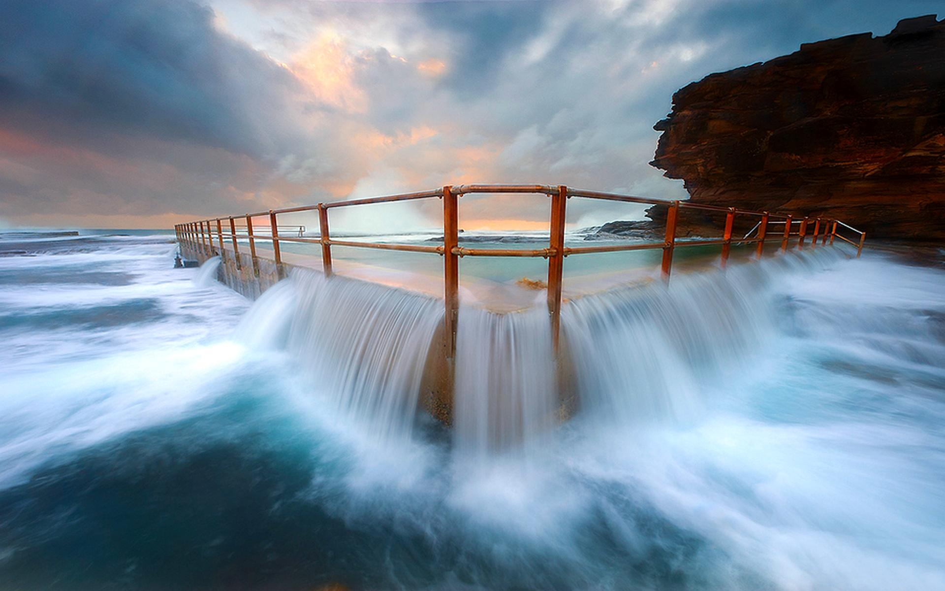 Rock overflow beach pool home decoration canvas poster china mainland