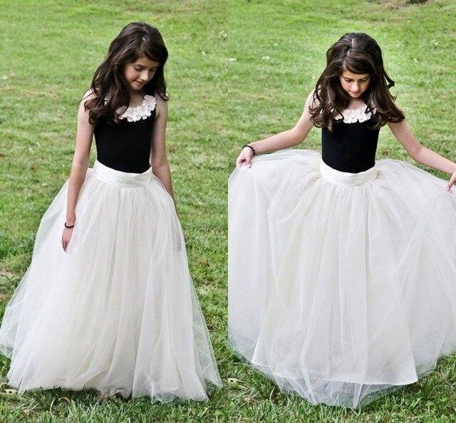 Lovely Princess White And Black Flower Girl Dresses Crepe Sleeveless