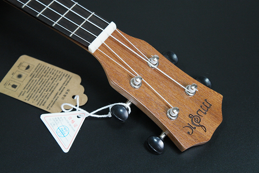 SevenAngel acoustique électrique ukulélé 23 pouces hawaïen Mini guitare 4 cordes Ukelele sapele étoile lune partten avec pick-up EQ - 3