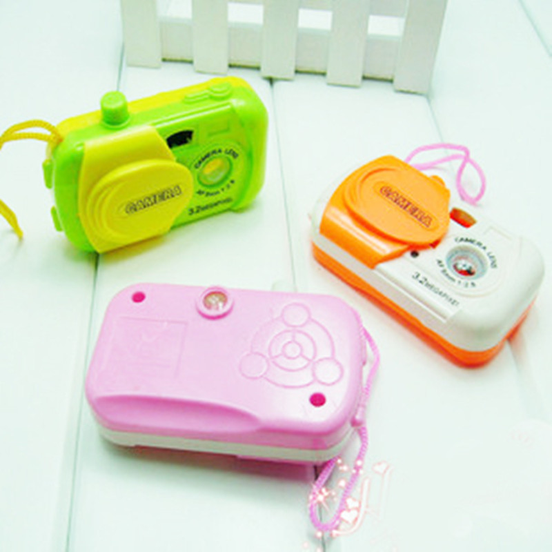 1 emulation color cameras look at the gift of a birthday gift party for a small animal toy camera