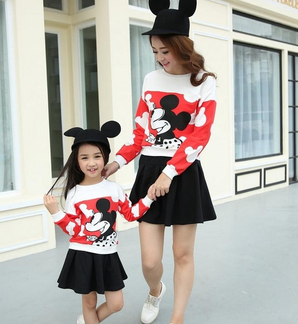 Бесплатная доставка мода семья наряды осень майка + юбка панда минни комплект женщина девушки спорт комплект