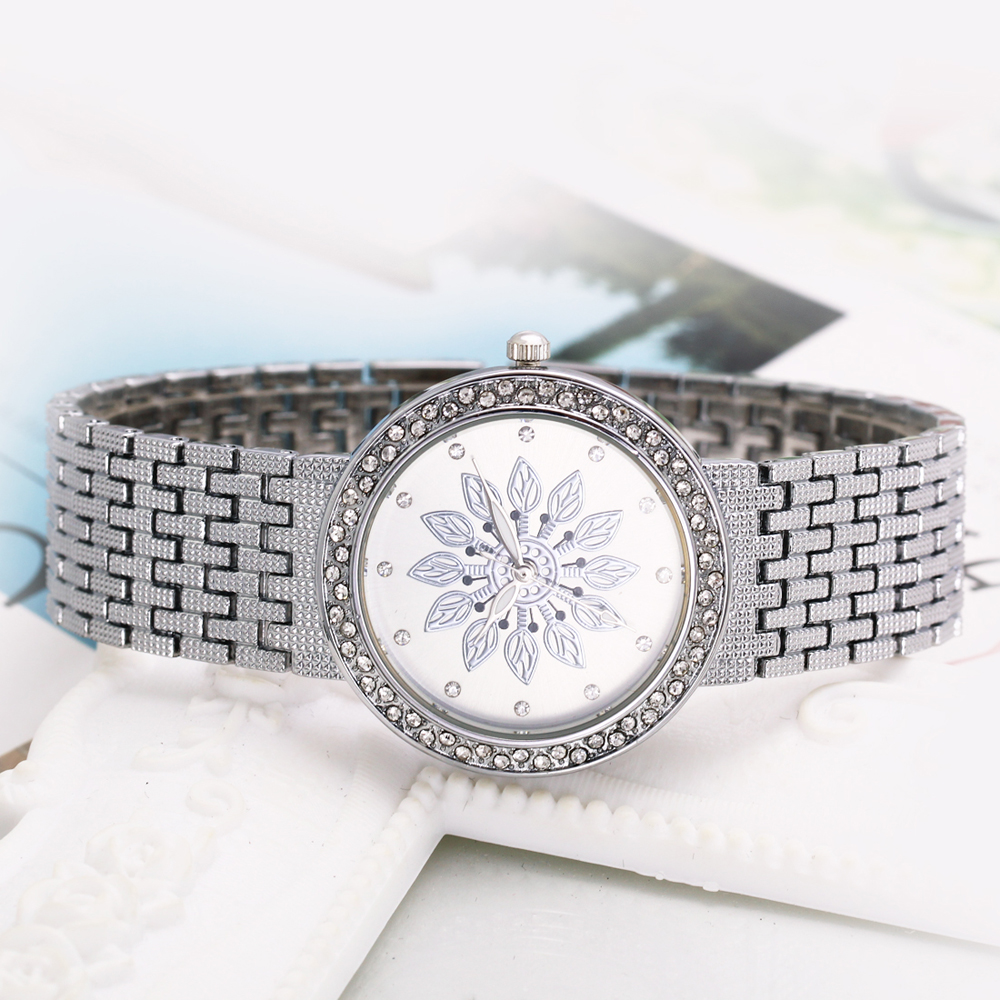 New luxury Watch for Women Metal Bracelet Style Flower Patten Dial Crystal Case Quartz Clock Top Quality wholesale free shipping 4