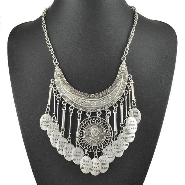 e6ff44de222b Borla bohemia collar de plata de lentejuelas media luna colgante de la  cadena del ornamento carta