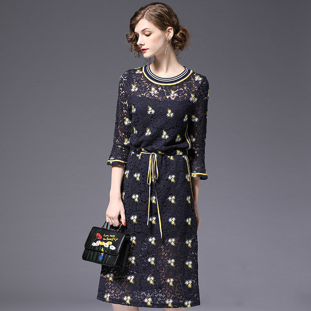 7898b99c92d 2018 new summer European boutique Amazon large size women embroidery lace  dress horn Q71
