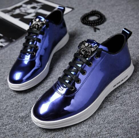 2018 neue Stil Mann Fashion Outdoor Casual Sneaker Lace Up Vulkanisierte schuhe Gold Farbe Flach Männlichen Schuhe Teenager 16-in Vulkanisierte Herrenschuhe aus Schuhe bei  Gruppe 3