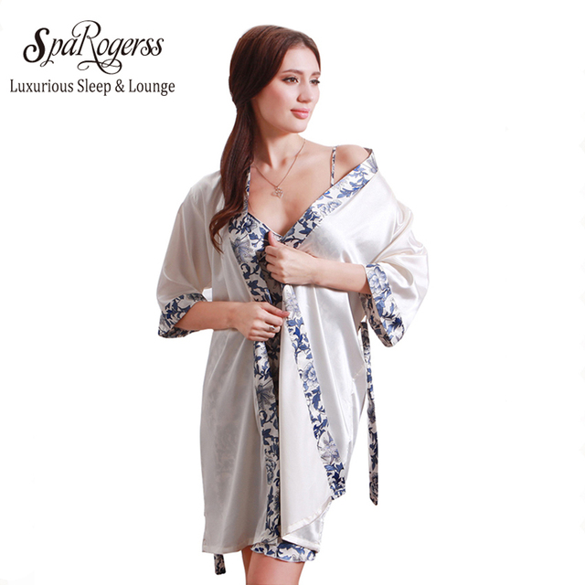 7620f9575b62 Moskow Pavilion Showing Women Robe Gown Set 2018 Fashion Faux Silk Robe  Femme Satin Ladies Night Dresing Gown Bathrobe MP221
