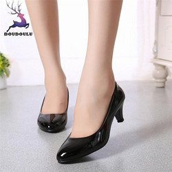 2018 Nova Nudez Saltos Boca Rasa Mulheres Sapatos Da Moda Sapatos de Trabalho de Escritório Sapatos Senhoras Elegantes Sapatos de Salto Baixo Sapatos de Mulher Tamanho Grande 35 ~ 42