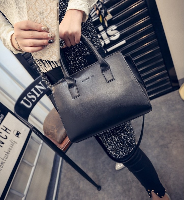 Free shipping, 2018 new handbags, fashion woman messenger bag, minimalist solid color shoulder bag, Korean killer package. ata ptx5 tricode replacement remote 1234button ptx 5 radio contol remote 433 92mhz 434 37mhz 433 37mhz