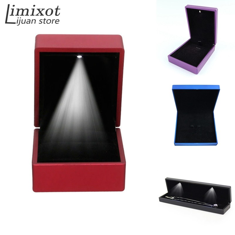 Deluxe LED Light Square Rubber Painted Fine Jewelry Box Ring Box Gift Box Jewelry Wedding Engagement Ring Jewelry