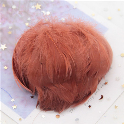 Натуральные гусиные перья 4-8 см, маленькие плавающие цветные перья лебедя, Плюм для рукоделия, свадебные украшения, украшения для дома, 100 шт - Цвет: dk coffee 100pcs