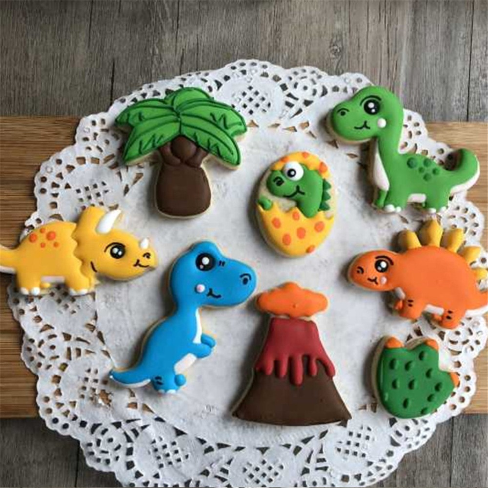 8pcs VOGVIGO Dinosaur Baking Mold Plastic Biscuit Decoration Animal Shape Cookie Cutters for Fondant Confectionery