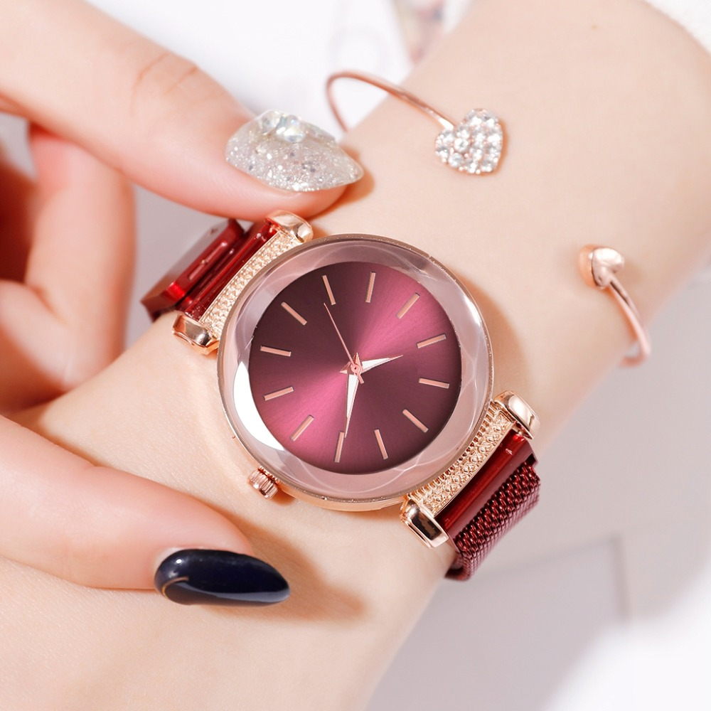 Luxury Red Women Watches Minimalism Starry Sky Magnet Buckle Fashion Casual  Geometric Surface Quartz Watches Relogio Feminino