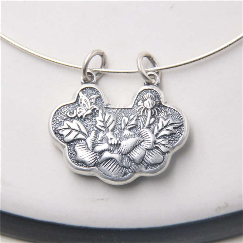 JINSE Beautiful 100% 999 Pure Silver Carved Flower Lock Lucky Amulet NecklacePendant Fine Silver Pendant Wholesales 35*29MM JINSE Beautiful 100% 999 Pure Silver Carved Flower Lock Lucky Amulet NecklacePendant Fine Silver Pendant Wholesales 35*29MM