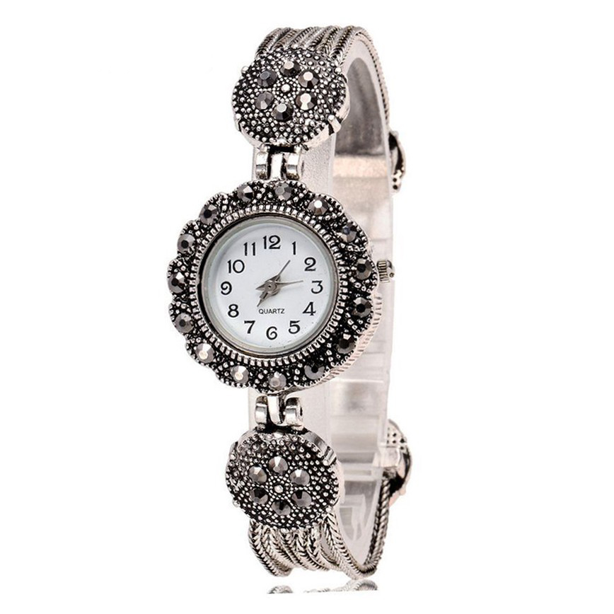 Hot Sale Retro Bracelet Watch Women Watches Ladies Luxury Rhinestone Quartz Watch Clock Lady Hour Montre Femme Relogio FemininoHot Sale Retro Bracelet Watch Women Watches Ladies Luxury Rhinestone Quartz Watch Clock Lady Hour Montre Femme Relogio Feminino