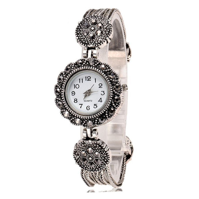 Hot Sale Retro Bracelet Watch Women Watches Ladies Luxury Rhinestone Quartz Watc