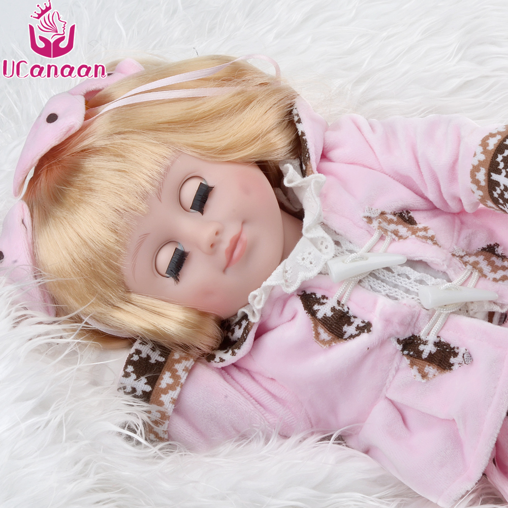 UCanaan Sweet American Girl Doll Reborn Closed/Opened Eyes Cloth Body Silicone Dolls Baby Kids Alive Toys for Children 45cm ucanaan 45cm american girl doll long hair princess with dress dolls for children full vinyl silicone doll reborn baby toys