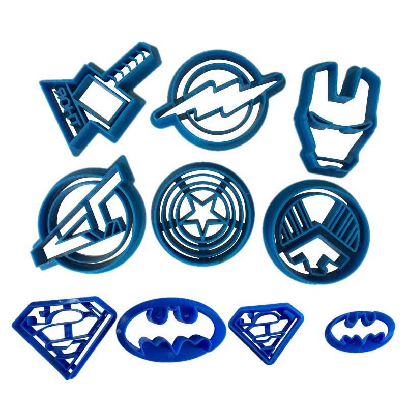 DIY Super Hero Batman Superman Plastic Mold Biscuit Cookie Cutter Fondant Cutter Fondant Moulds Cake Decorating Tools Bakeware plastic