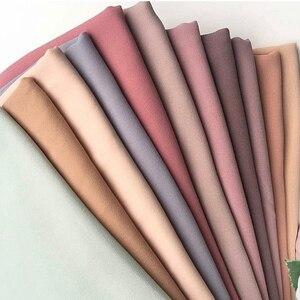 Image 3 - Di alta Qualità Delle Donne Pianura Bolla Chiffon Sciarpa del Hijab Lungo Georgette Sciarpa Scialli Hijab Musulmano Islamico Copricapi Avvolge Le Sciarpe