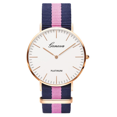Montres Fashion Casual Women Quartz Watch Men Women Nylon Strap Dress Watches Reloj Mujer Unisex Geneva Watch Zegarki Meskie