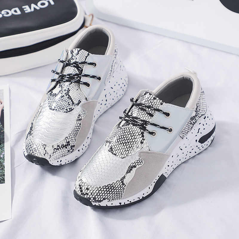 Fujin 2019 otoño mujer nuevo patrón de serpiente elegante zapato viejo Dropshipping brillante manchado Casual zapatillas planos de gran tamaño Chaussures