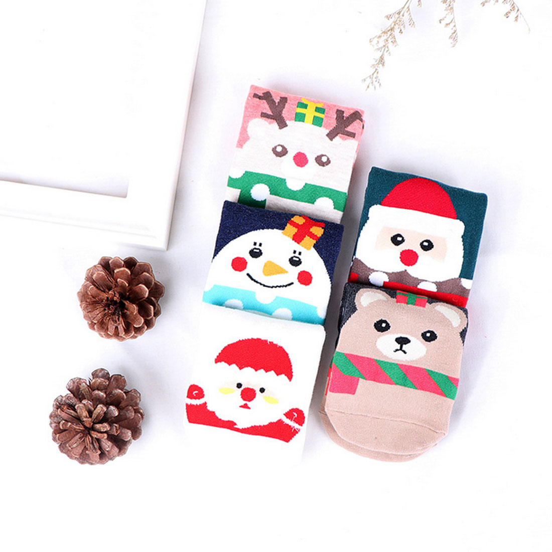 Fashion Cute boat socks summer autumn and winter new low-cut socks Santa socks women breathable sweat-absorbent cotton socks