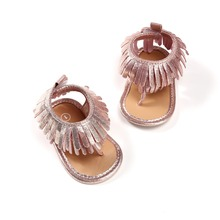 Купить с кэшбэком 2018 New Design Tassel Baby Boy Girl Sandals Clamp Solid Hoop & Loop Summer Baby Shoes For 0-18M Wholesale