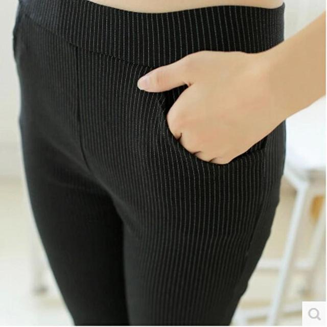 Plus Size verão Fino Capris Preto Listra Branca Leggings para Calças mulheres Plus Size Calças Femininas