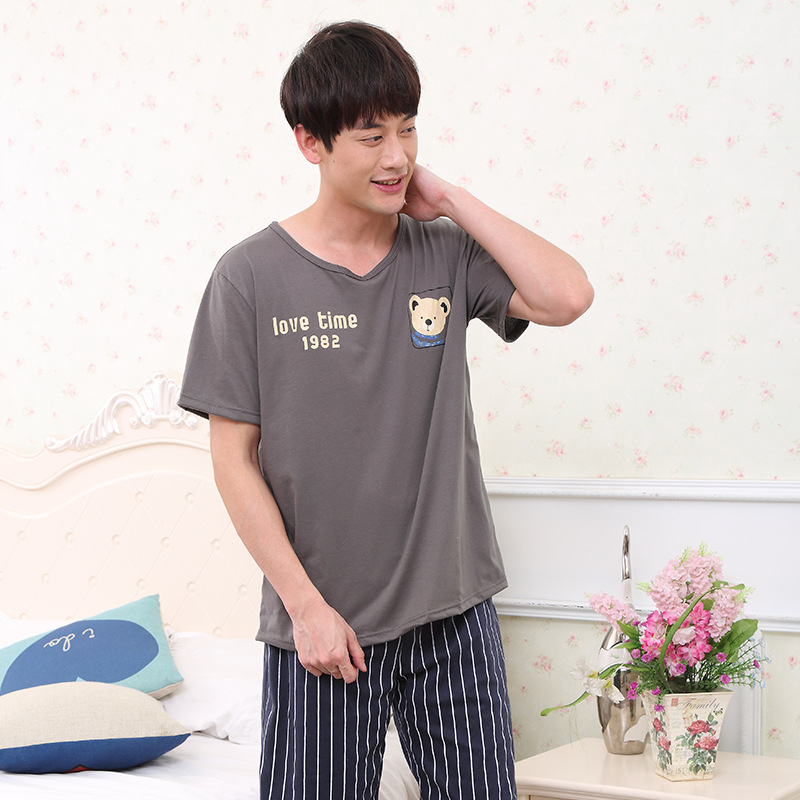 Men Pajamas Summer Cotton Short Sleeve Knee Length Pants Men New 2019 Cute Cartoon Two Piece Thin Pajama Sets Mens Pajama Set