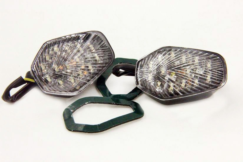 Aftermarket free shipping motorcycle parts Clear LED Turn Signal lights for <font><b>GSXR</b></font> <font><b>600</b></font> 750 1000 2001 2002 2003 <font><b>2004</b></font> image