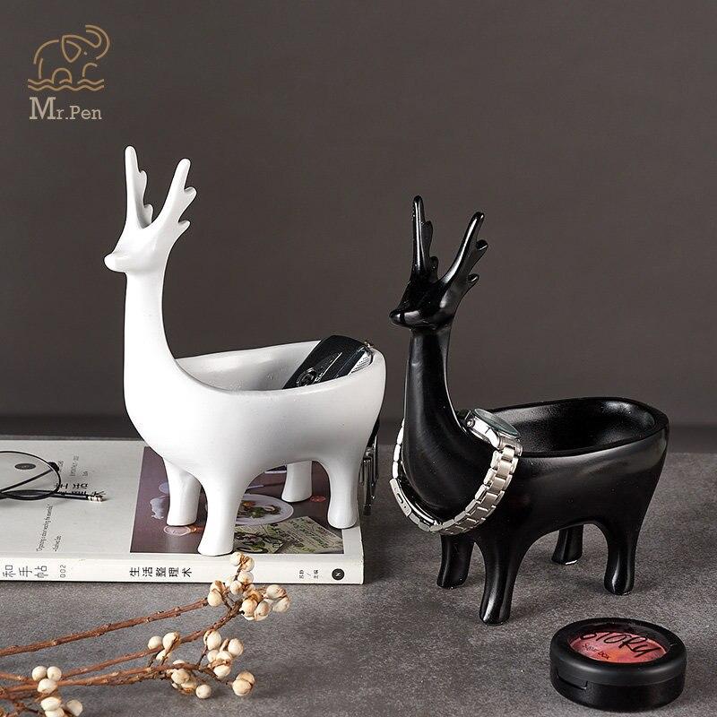Cartoon 3d Deer Home Car Keys Holder Rack Resin Clip Holder Office Crafts Decorative Desktop Organizer Desk Set Office Gifts