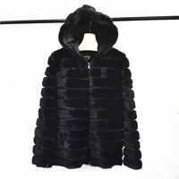 2018women's new natural mink fur with hat real mink fur coat winter warm sleeves detachable jacket fashion leisure European and
