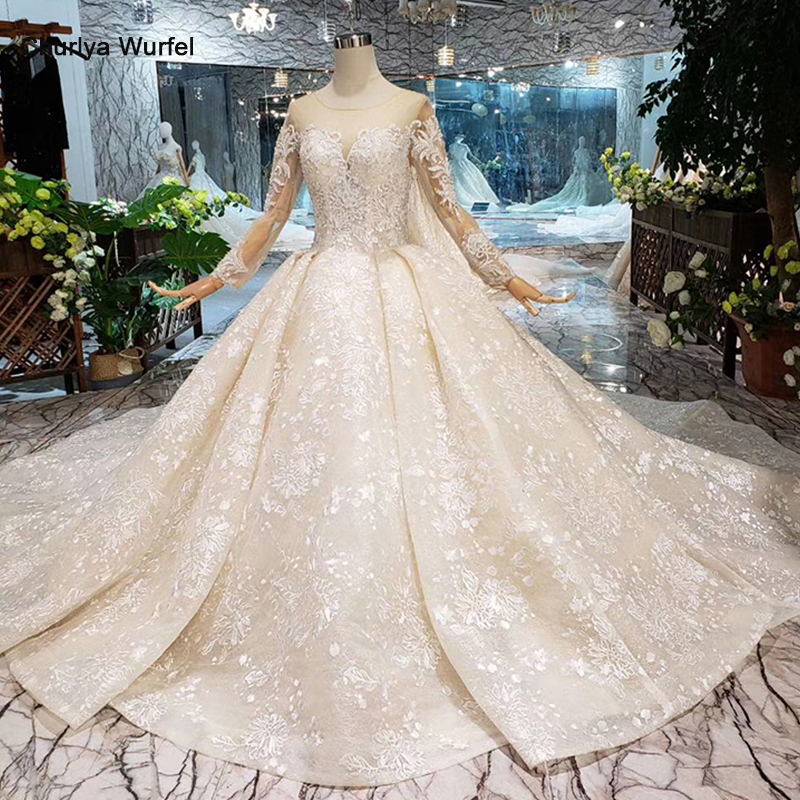 LS20479 Simple vintage Wedding Dress with wedding veil full sleeve button back o neck champagne bridal