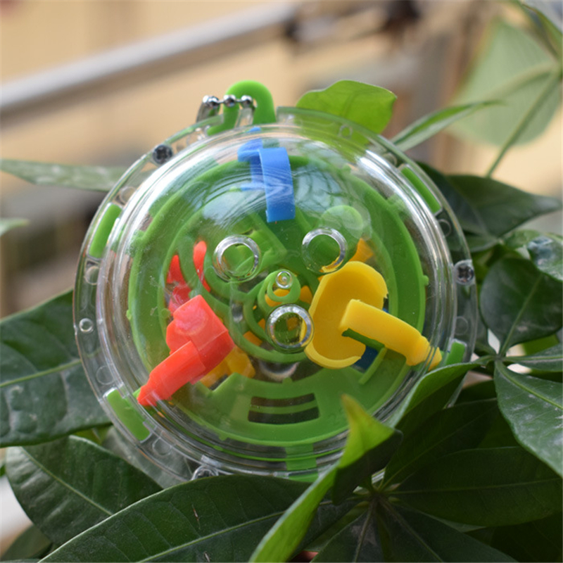3D Mini Ball 36 Levels Balance Barrier Magical Intellect Labyrinth Ball Educational Orbit Game gift for children Color Random