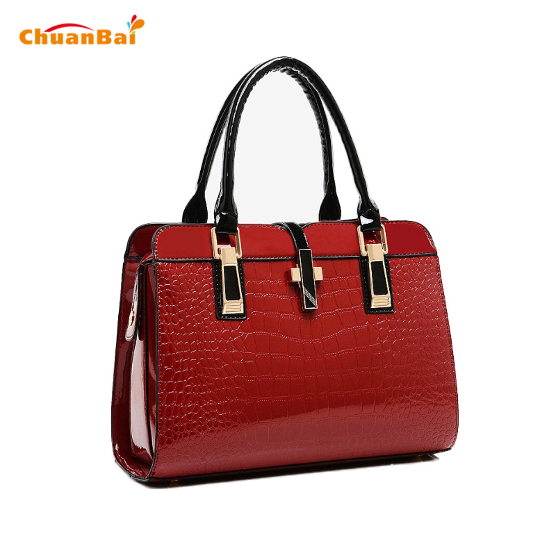 2017 New Women Handbags Black Solid Shoulder Bags Patent Leather Messenger Bags For Women Fashion Handbag Crocodile Pattern Bag patent leather handbag shoulder bag for women