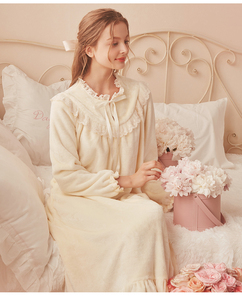 Image 5 - Pink Warm Nightgown Winter Sleepwear Velvet Nightgown Women Elegant Nightdress  Long Homewear Dress Velvet