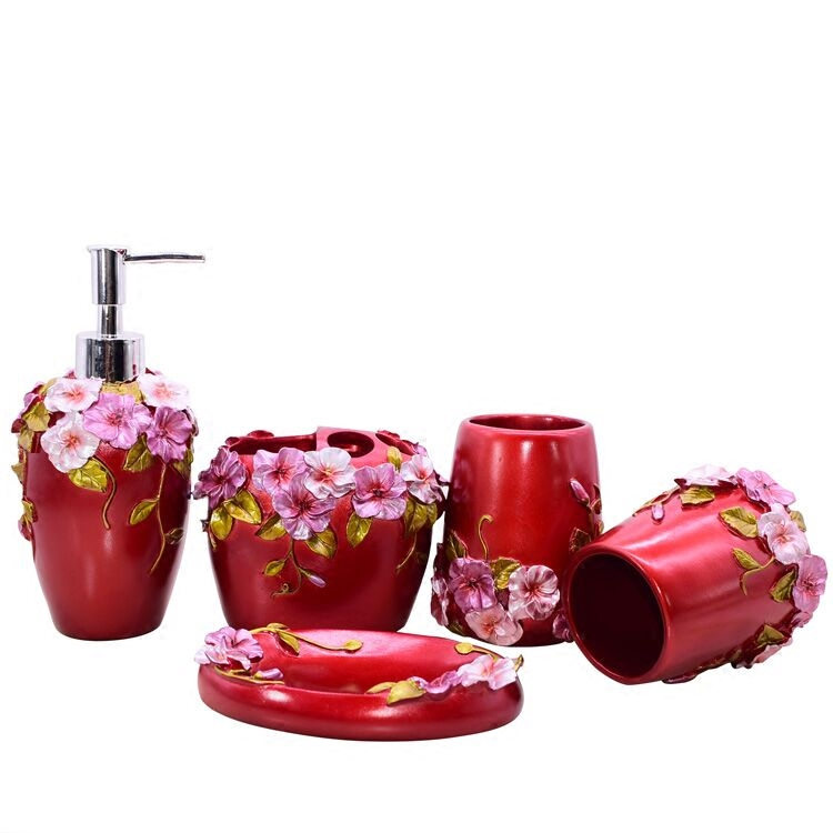 Home Supplies Fashion High Quality Resin Bathroom Products Lotion Bottle Toothbrush Holder Soap Dish Bathroom Accessories