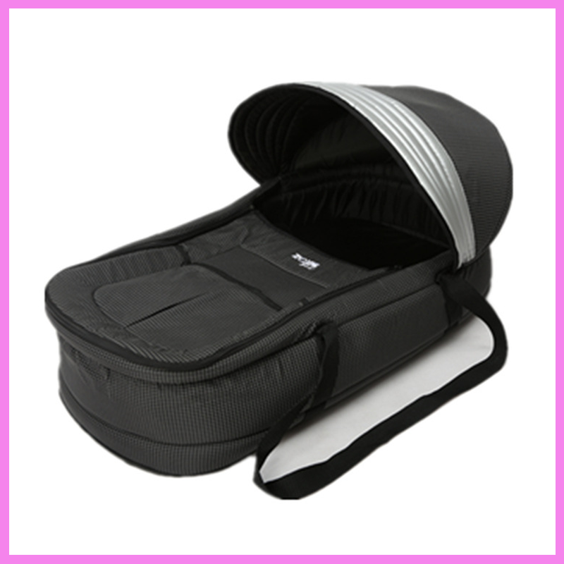 Baby Sleeping Basket Portable Crib Baby Travel Bed  Fashion Laptop Can Unpick and Wash Portable Baby Bed Cradle