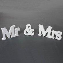 Napis dekoracyjny Mr&Mrs biały