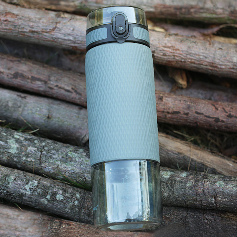 UZSPACE 700ml Tritan Sports Water Bottles Creative Portable Buckle Lemon Fruit Tea Filter Shaker Drink Bottle For Water BPA Free-in Water Bottles from Home & Garden on AliExpress