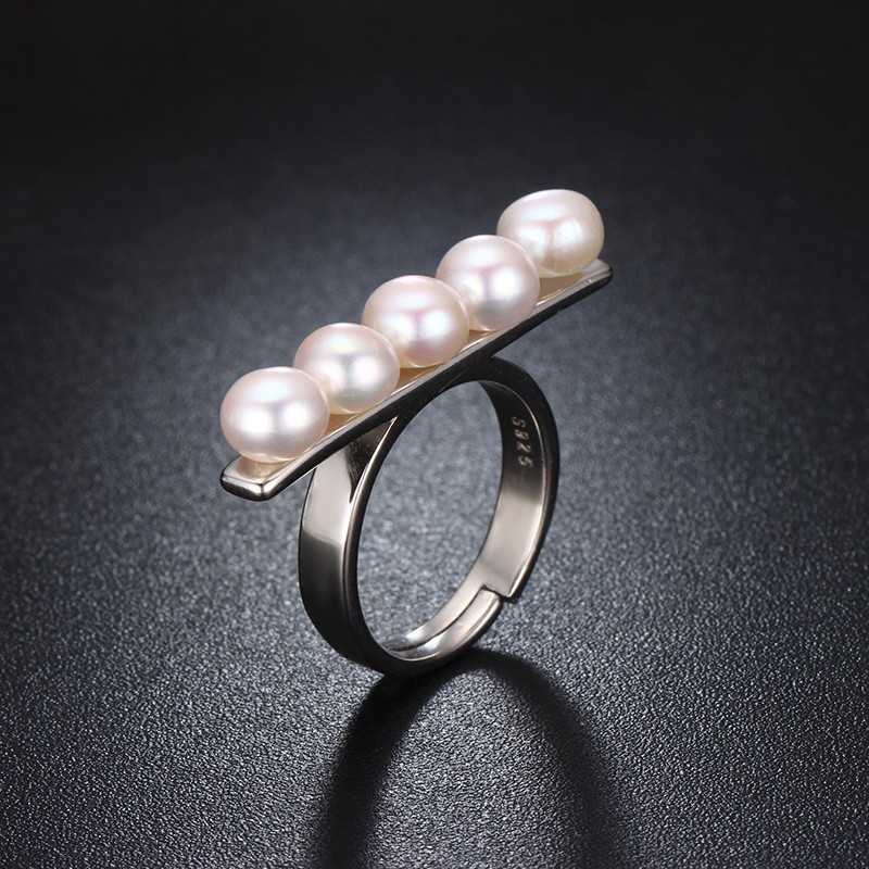 HENGSHENG 2017 New Pearl Wome Jewelry Ring,Five Natural Bread Round Freshwater Pearl,Wedding/Party/Date Ring With Jewelry Box