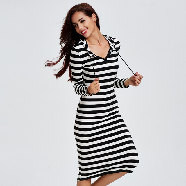 2019 New Women Hooded Cotton Sleepwear Fashion Striped Comfortable Home  Dress Elegant Long Sleeve Nightgown Negligee Lounge c068ec0fb