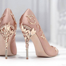 2017 New Arrival Silk Wedding Party Dress Shoes Women Pointed Toe Metal Leaves Embellished Sexy Pumps Sweet Slip On High Heels